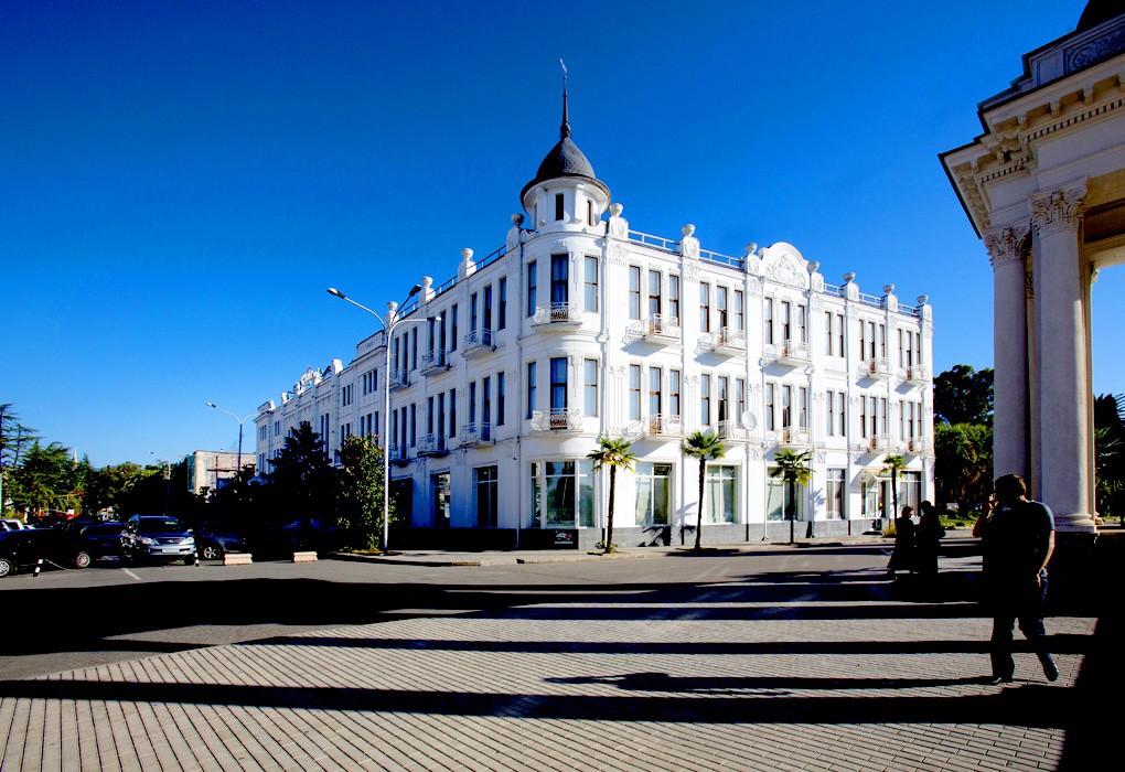 Рица, отель